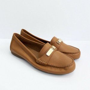 NWOT Coach Fredrica Pebbled Leather Flat Loafer